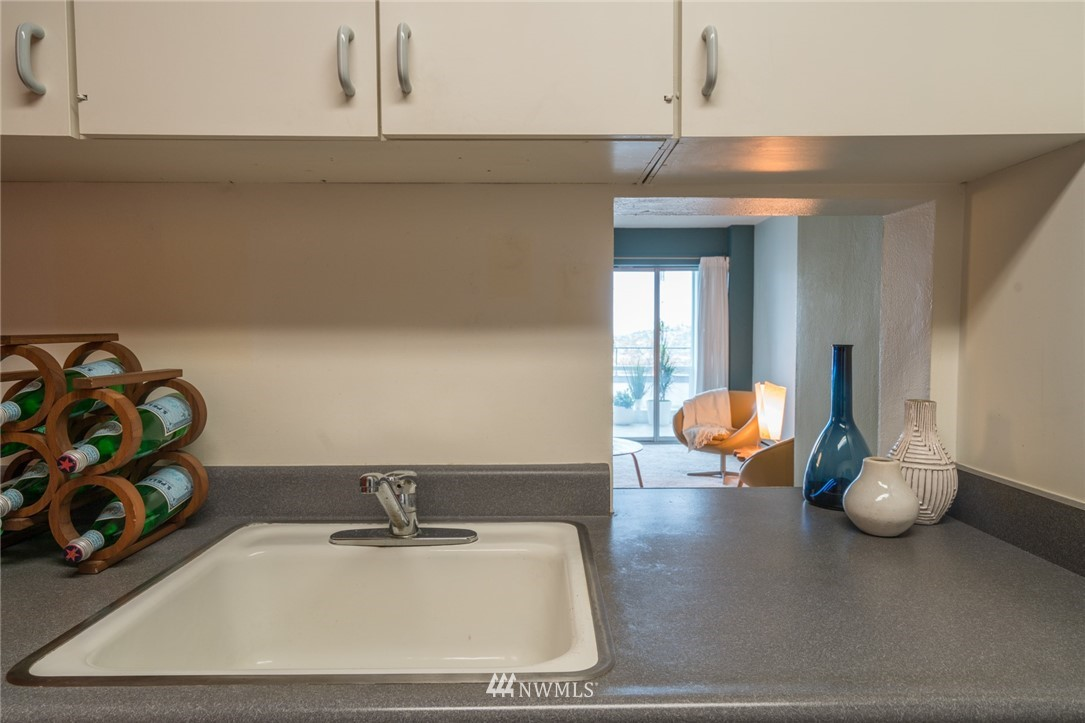 Sold Property   308 E Republican Street #106 Seattle, WA 98102 8