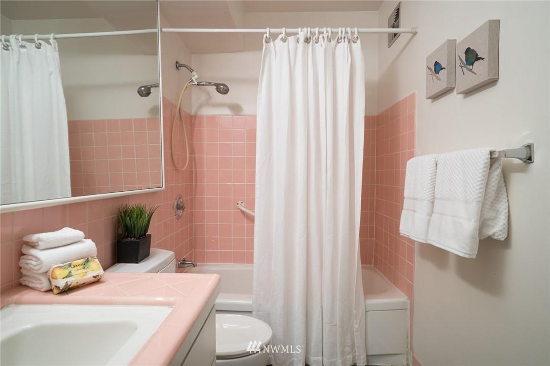 Sold Property   308 E Republican Street #106 Seattle, WA 98102 12