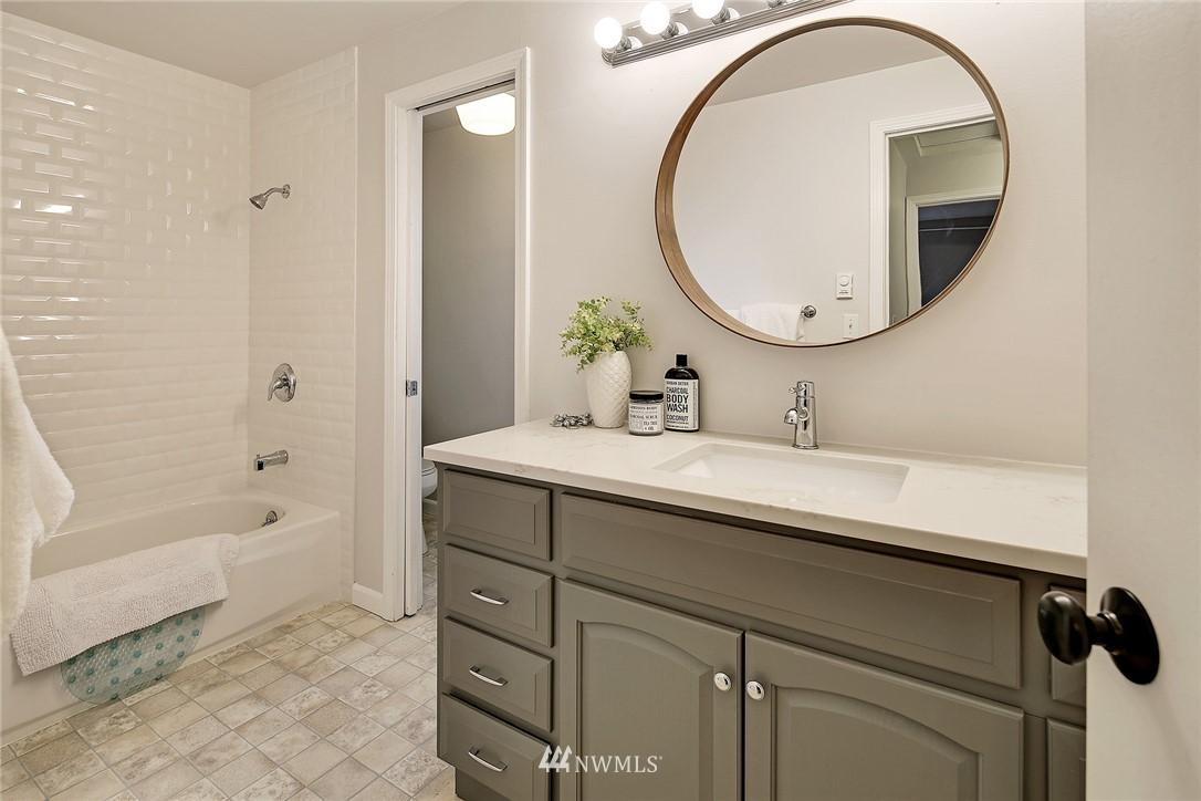 Sold Property   1551 NW 195th #10 Shoreline, WA 98177 15