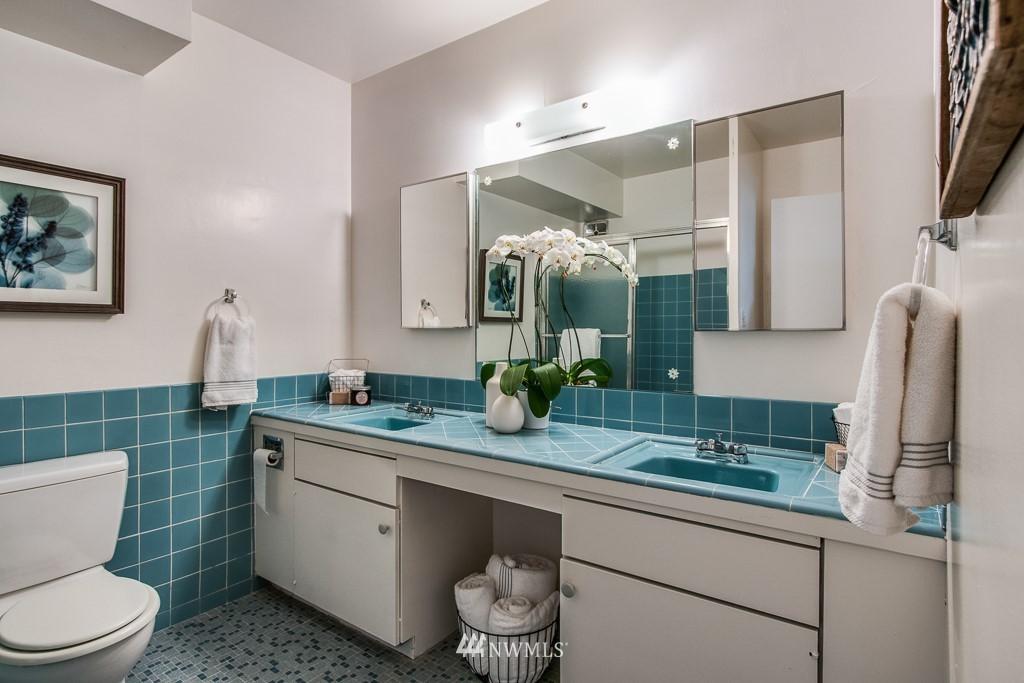 Sold Property | 308 E Republican Street #314 Seattle, WA 98102 13