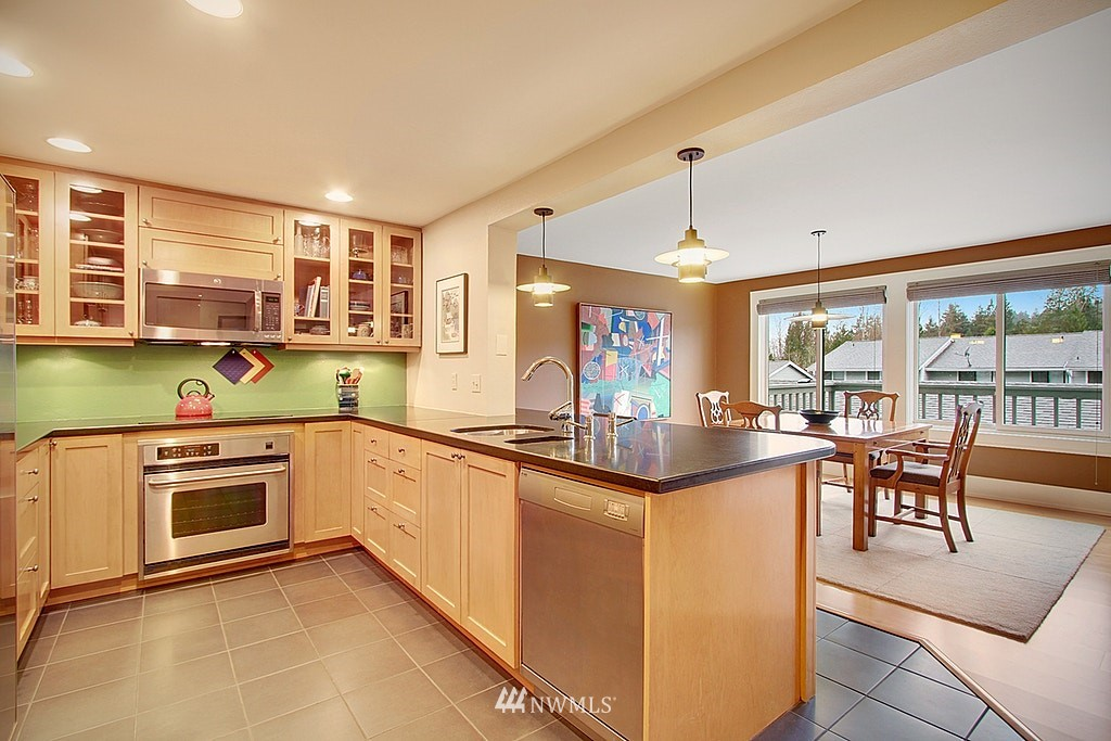 Sold Property   2440 140th Avenue NE #39 Bellevue, WA 98005 3