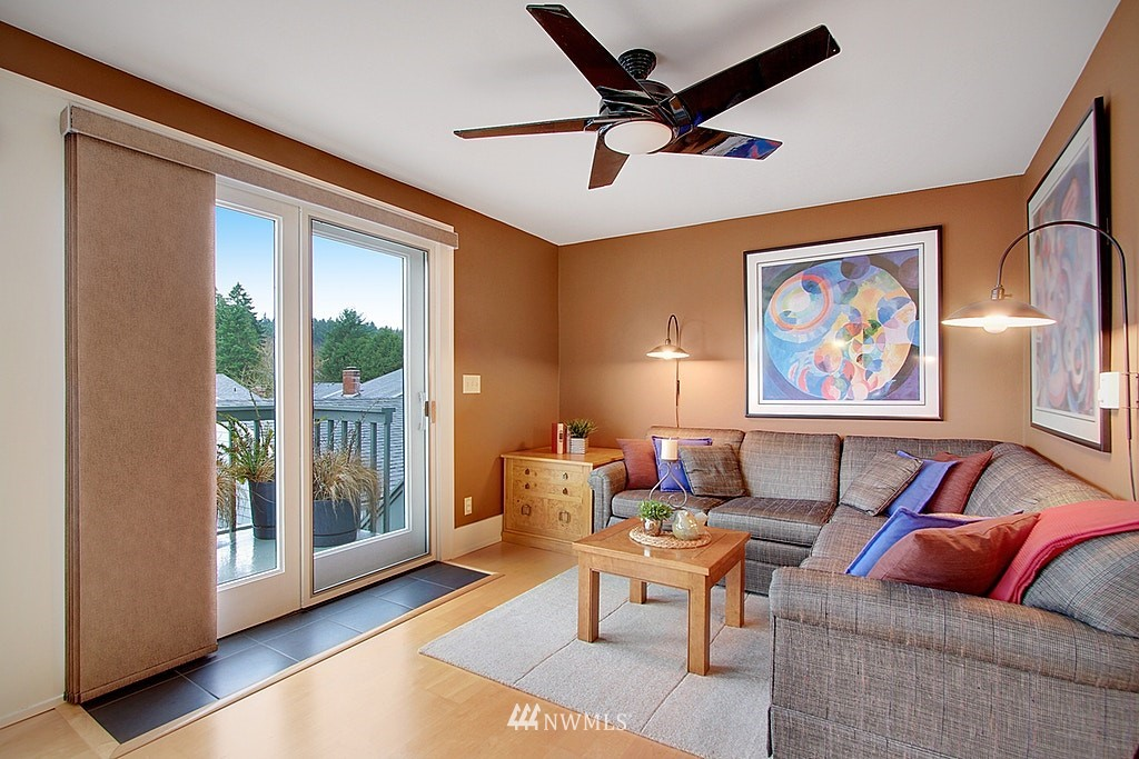 Sold Property   2440 140th Avenue NE #39 Bellevue, WA 98005 8