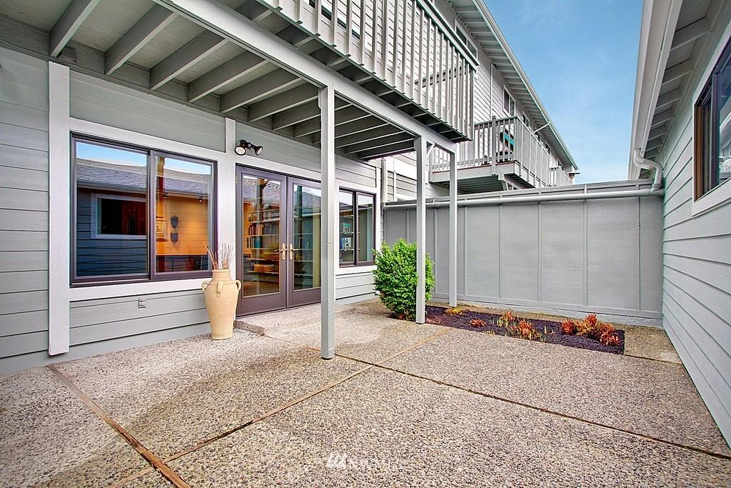 Sold Property   2440 140th Avenue NE #39 Bellevue, WA 98005 21