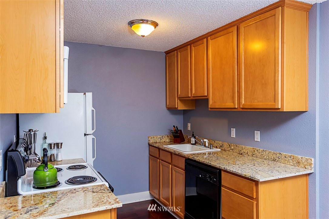 Sold Property | 6501 24th Avenue NW #102 Seattle, WA 98117 2