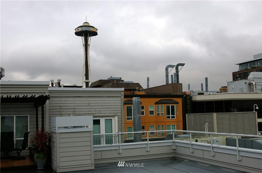 Sold Property | 3028 Western Avenue #115 Seattle, WA 98121 18