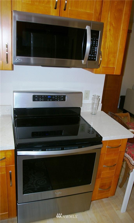 Sold Property | 3028 Western Avenue #115 Seattle, WA 98121 5