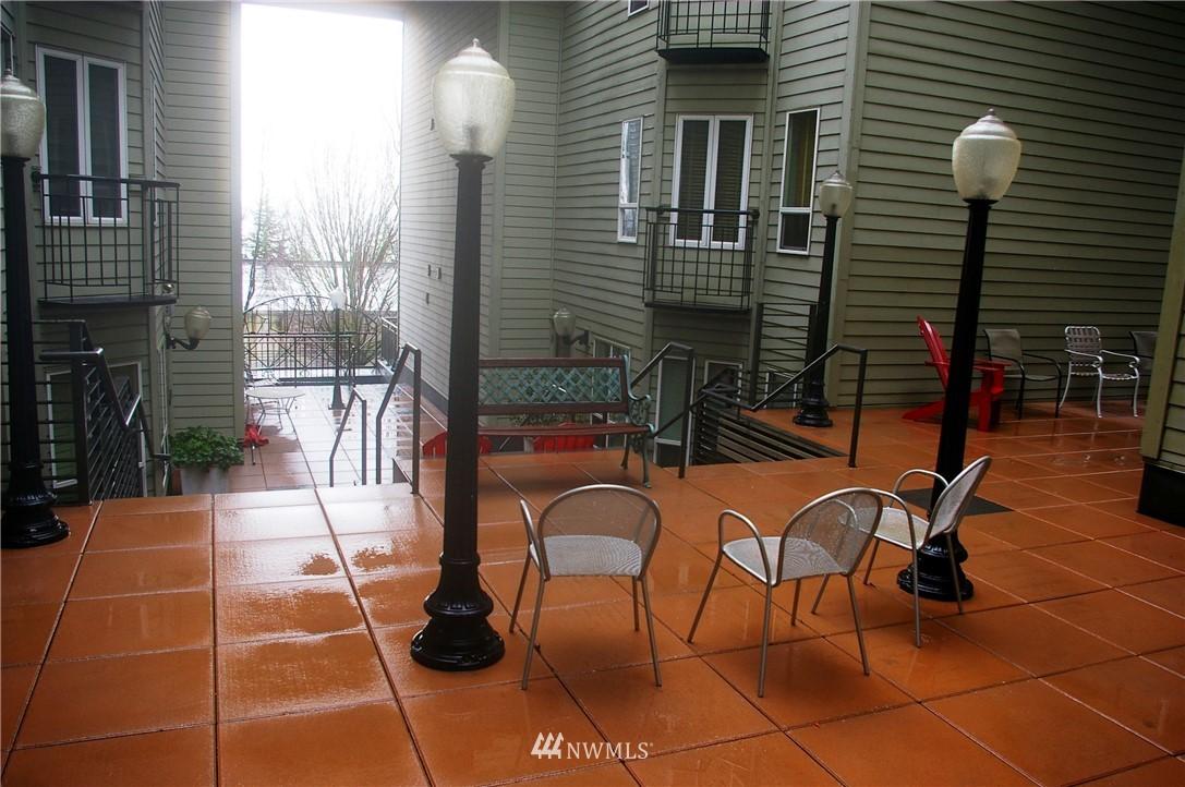 Sold Property | 3028 Western Avenue #115 Seattle, WA 98121 23