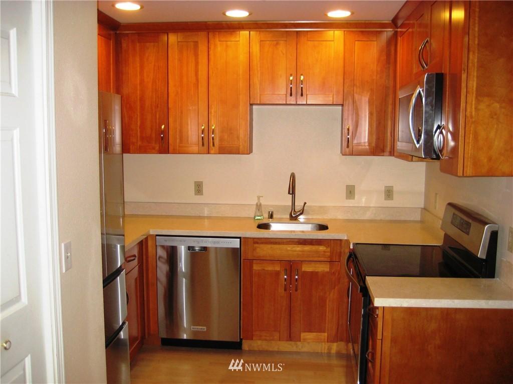 Sold Property | 3028 Western Avenue #115 Seattle, WA 98121 2