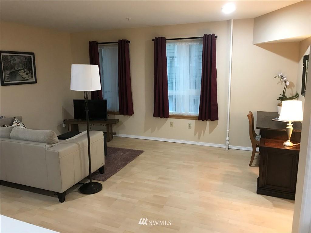 Sold Property | 3028 Western Avenue #115 Seattle, WA 98121 9