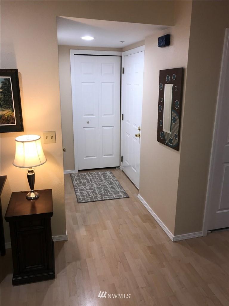 Sold Property | 3028 Western Avenue #115 Seattle, WA 98121 10