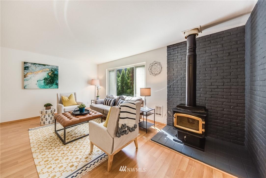 Sold Property   240 S 152nd Street #105 Burien, WA 98148 5