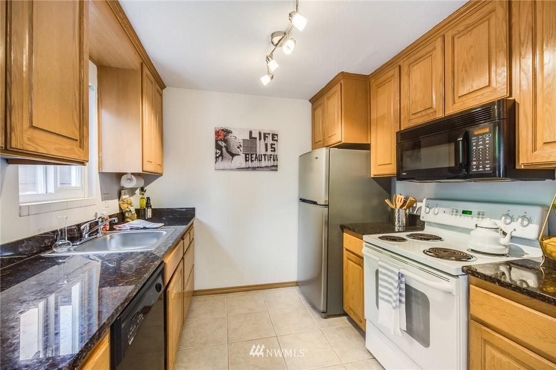 Sold Property   240 S 152nd Street #105 Burien, WA 98148 8