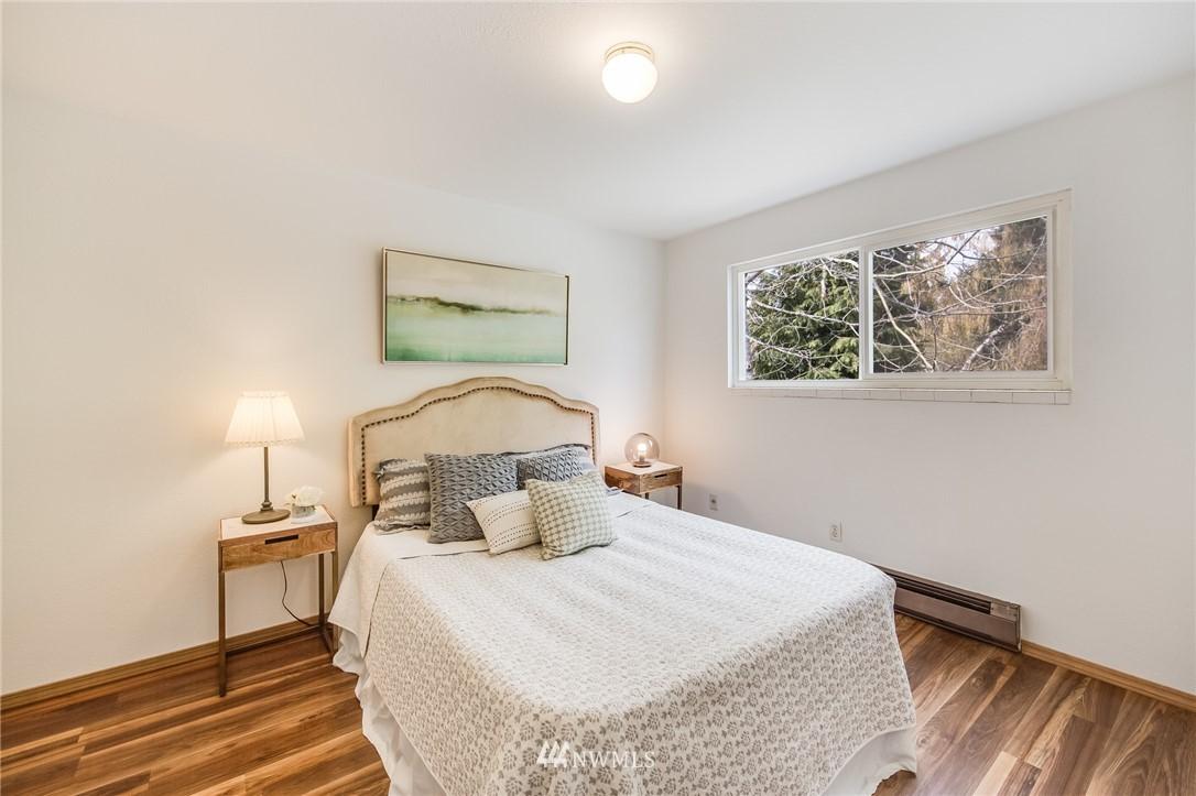 Sold Property   240 S 152nd Street #105 Burien, WA 98148 12
