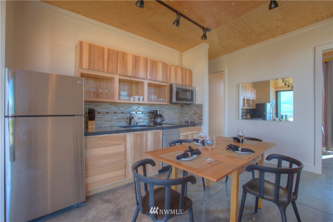 Sold Property | 23644 NW Cliffe Pointe Road #11A Quincy, WA 98848 4