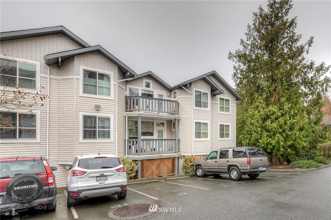 Sold Property | 11550 Stone Ave N #205 Seattle, WA 98133 1