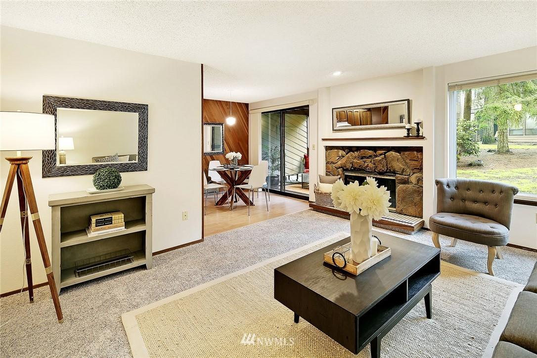 Sold Property   19119 Ballinger Way NE #102 Lake Forest Park, WA 98155 3