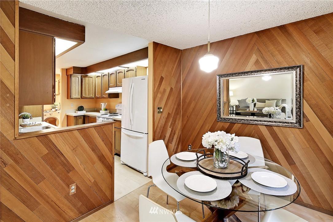 Sold Property   19119 Ballinger Way NE #102 Lake Forest Park, WA 98155 7