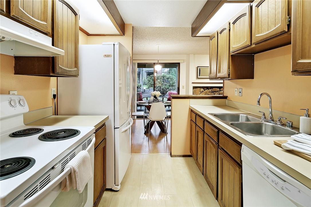 Sold Property   19119 Ballinger Way NE #102 Lake Forest Park, WA 98155 8