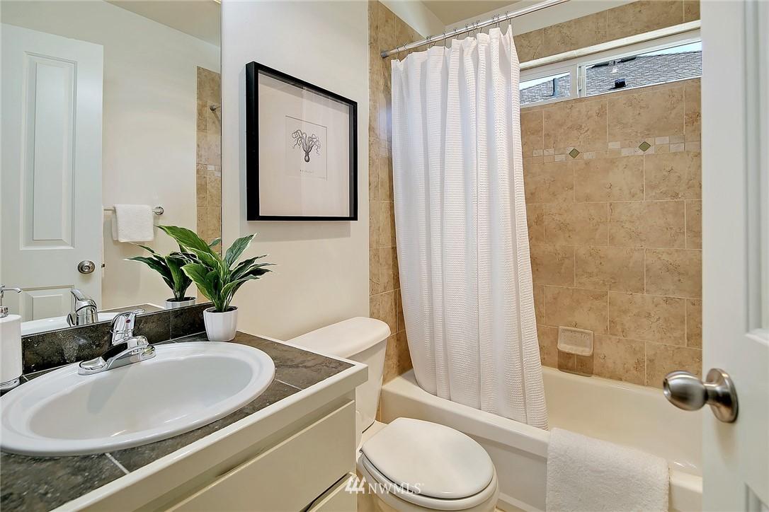Sold Property | 9151 23rd Avenue NE Seattle, WA 98115 14