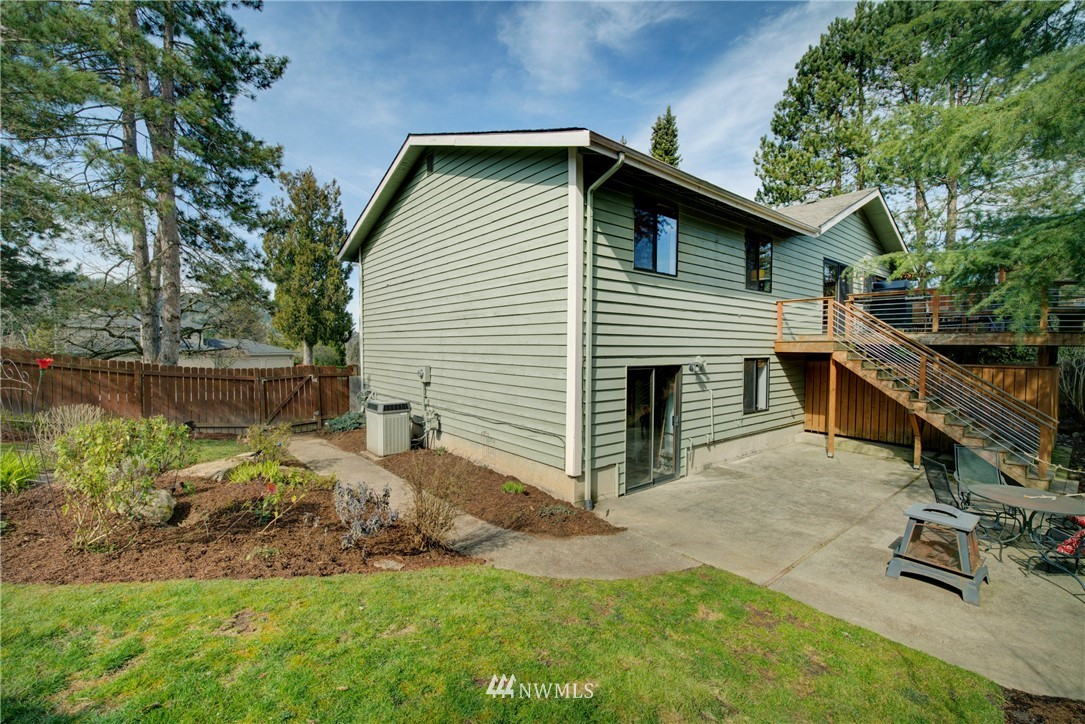Sold Property | 740 Kalmia Place NW Issaquah, WA 98027 17