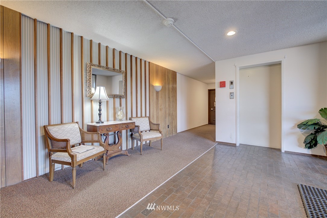 Sold Property   5915 Highway Place #403 Everett, WA 98203 2