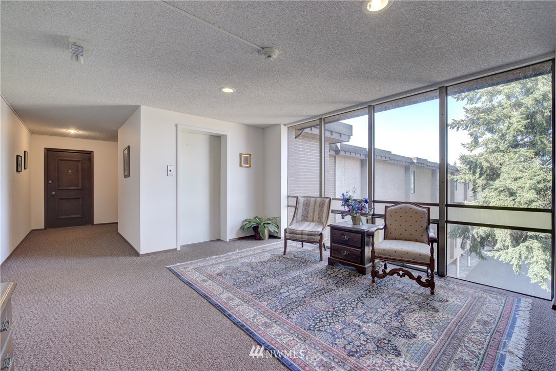 Sold Property   5915 Highway Place #403 Everett, WA 98203 4