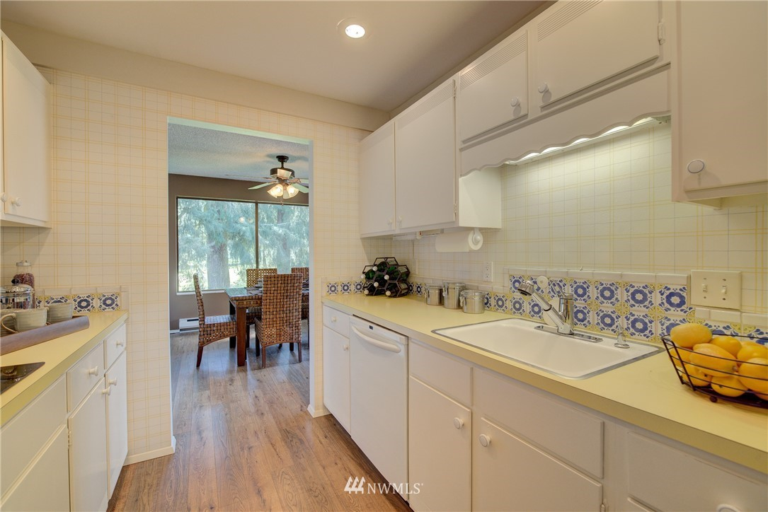 Sold Property   5915 Highway Place #403 Everett, WA 98203 12