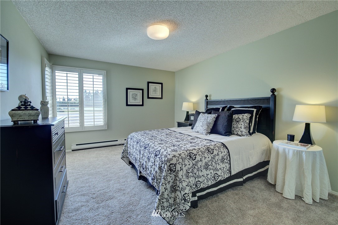 Sold Property   5915 Highway Place #403 Everett, WA 98203 15