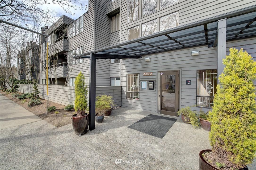 Sold Property | 6300 Sand Point Way NE #302 Seattle, WA 98115 0