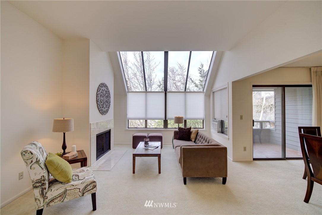 Sold Property | 6300 Sand Point Way NE #302 Seattle, WA 98115 3
