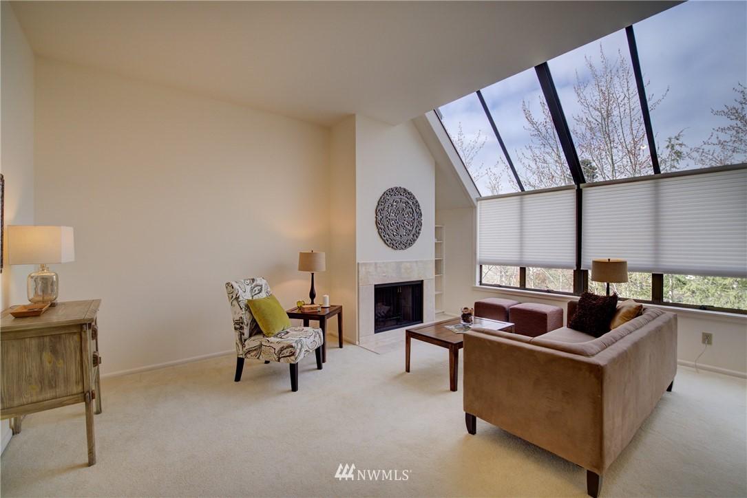 Sold Property | 6300 Sand Point Way NE #302 Seattle, WA 98115 5