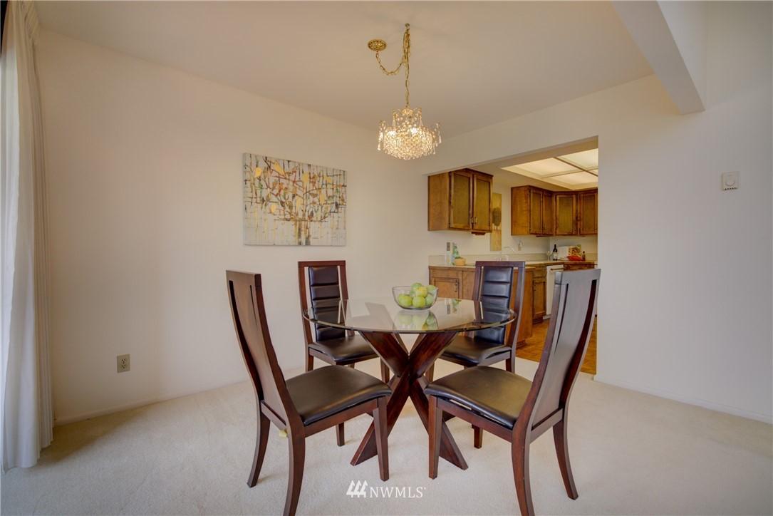 Sold Property | 6300 Sand Point Way NE #302 Seattle, WA 98115 8