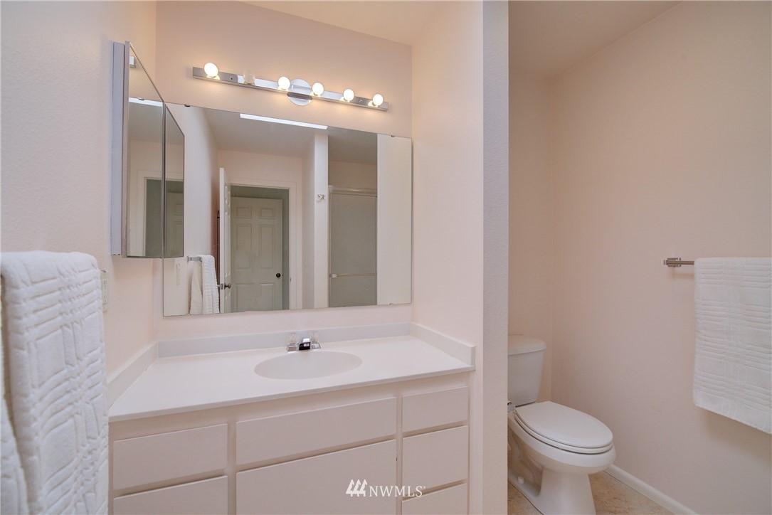 Sold Property | 6300 Sand Point Way NE #302 Seattle, WA 98115 17