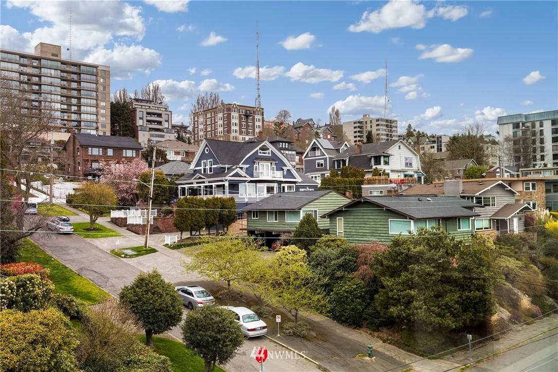 Sold Property   919 2nd Avenue W #606 Seattle, WA 98119 4