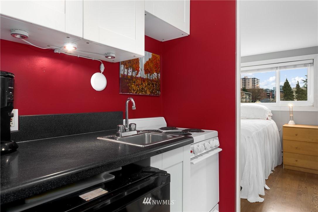 Sold Property   919 2nd Avenue W #606 Seattle, WA 98119 5