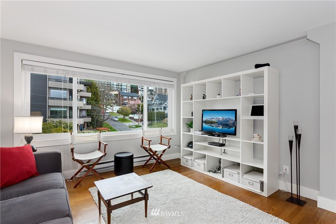 Sold Property   919 2nd Avenue W #606 Seattle, WA 98119 3