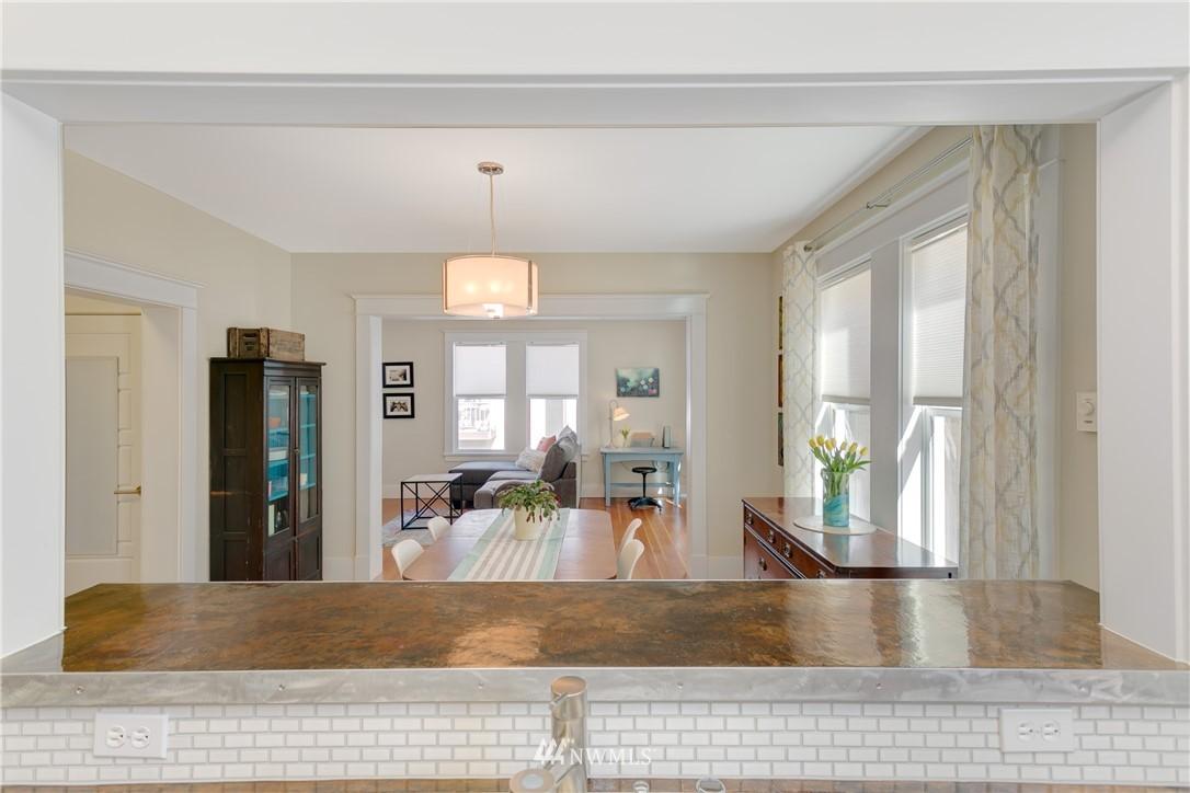 Sold Property | 4420 Dayton Avenue N #4 Seattle, WA 98103 7