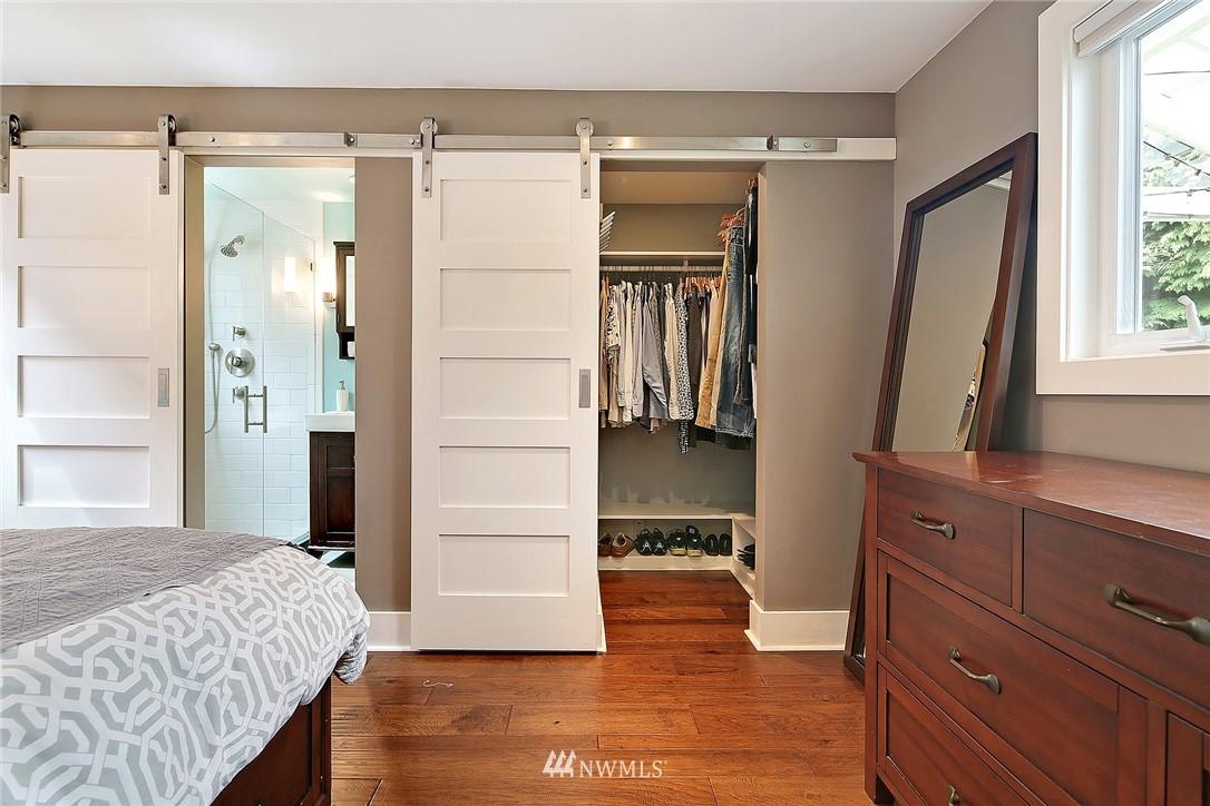 Sold Property | 4747 48th Avenue NE Seattle, WA 98105 8