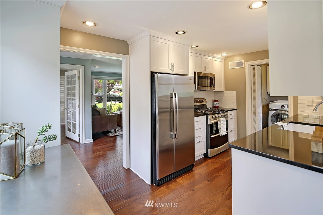 Sold Property | 4747 48th Avenue NE Seattle, WA 98105 2