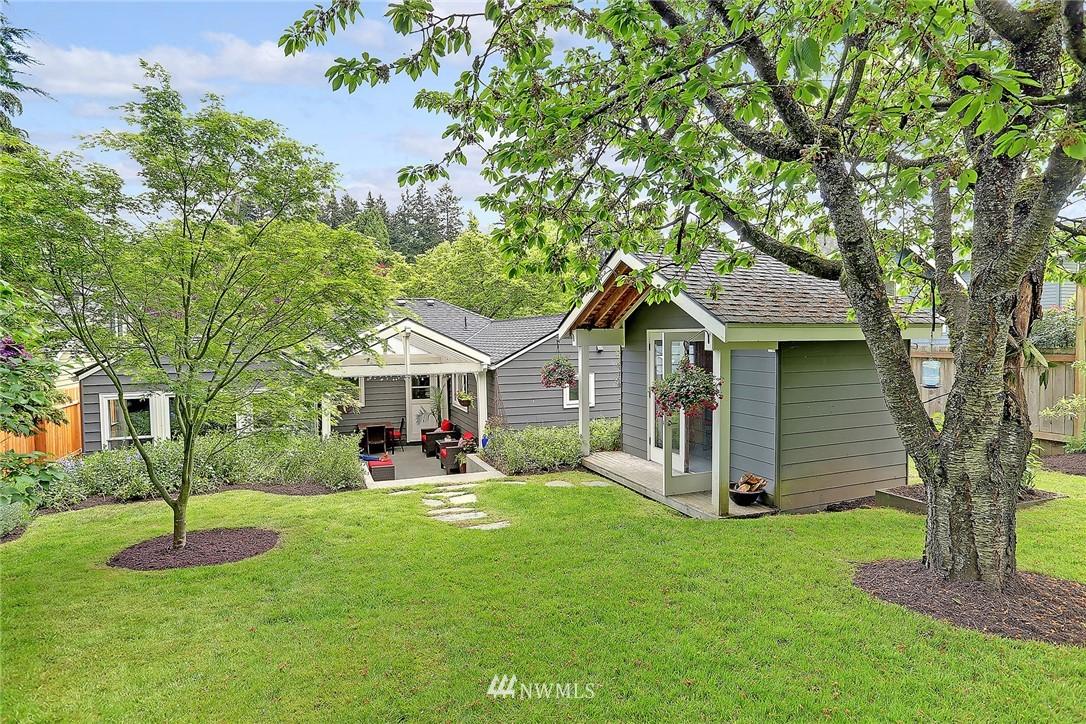 Sold Property | 4747 48th Avenue NE Seattle, WA 98105 18