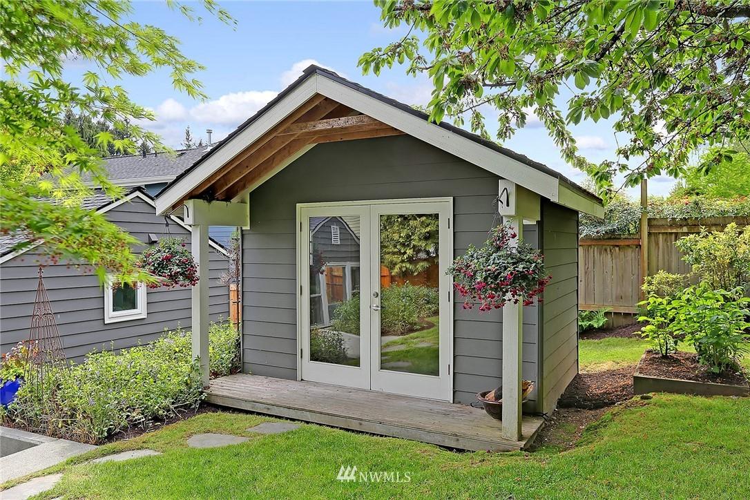 Sold Property | 4747 48th Avenue NE Seattle, WA 98105 19