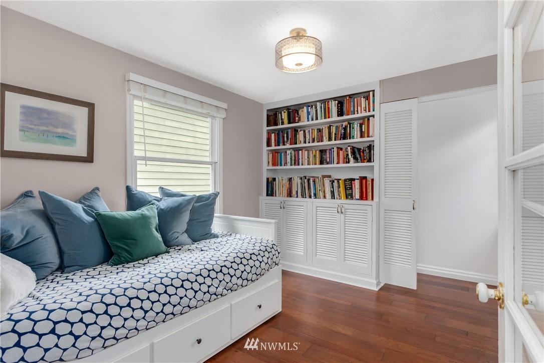 Sold Property | 4747 48th Avenue NE Seattle, WA 98105 10
