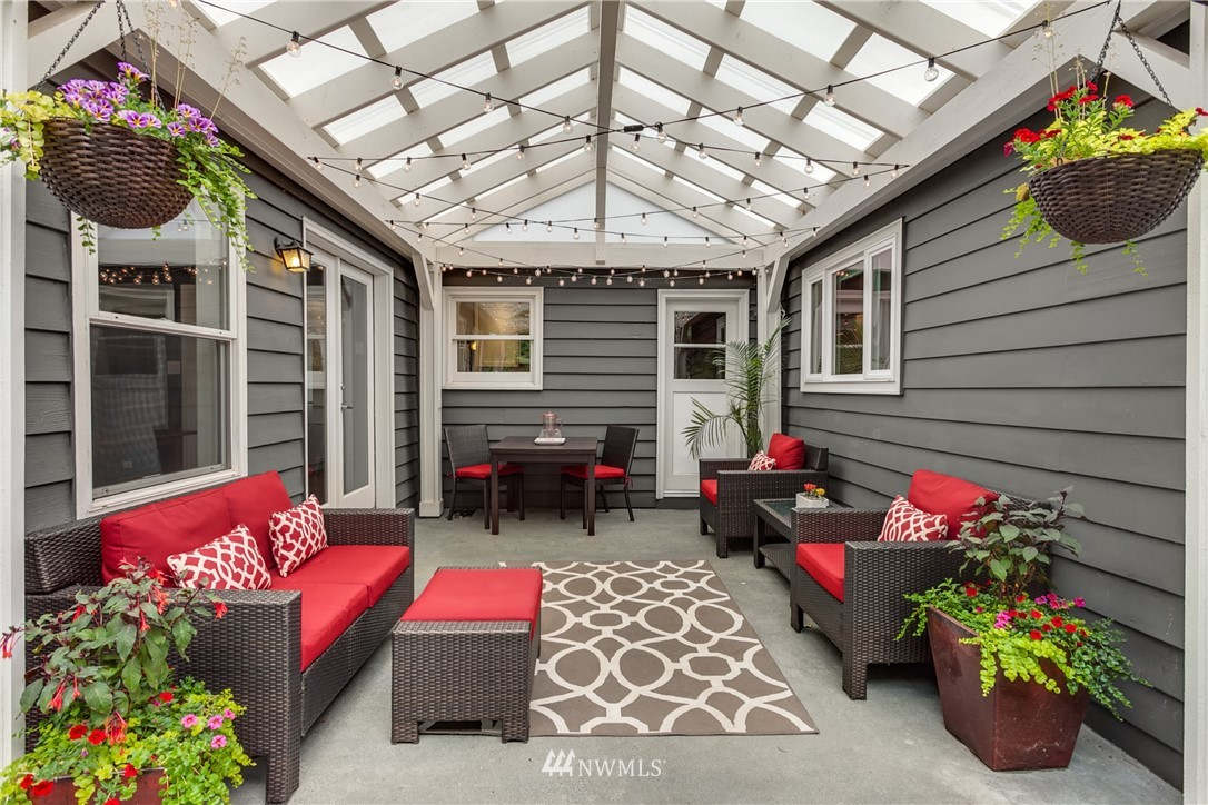Sold Property | 4747 48th Avenue NE Seattle, WA 98105 15
