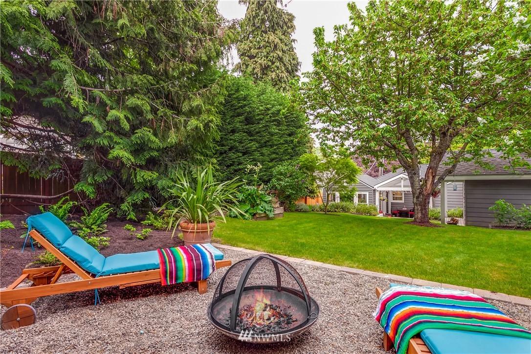 Sold Property | 4747 48th Avenue NE Seattle, WA 98105 22