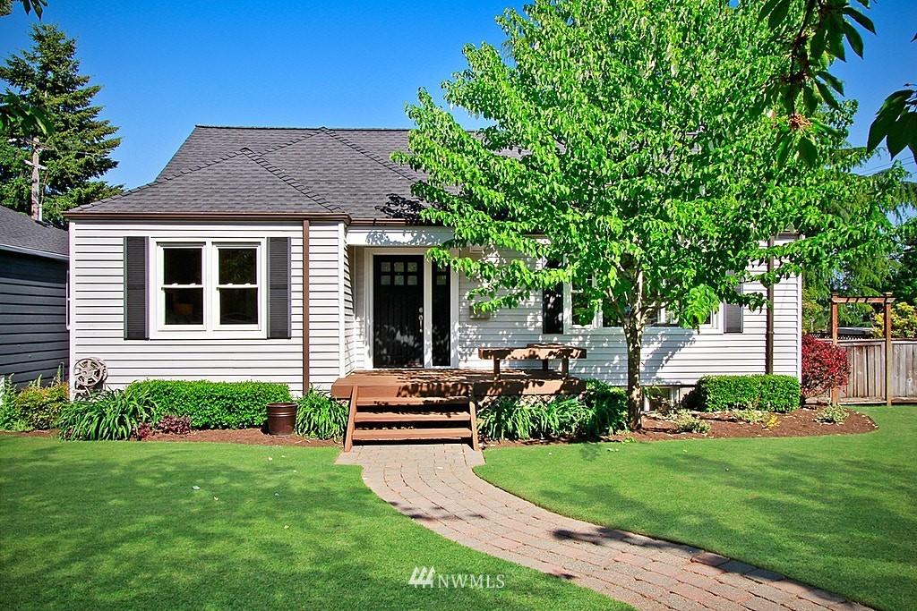 Sold Property   7002 34th Avenue NE Seattle, WA 98115 0