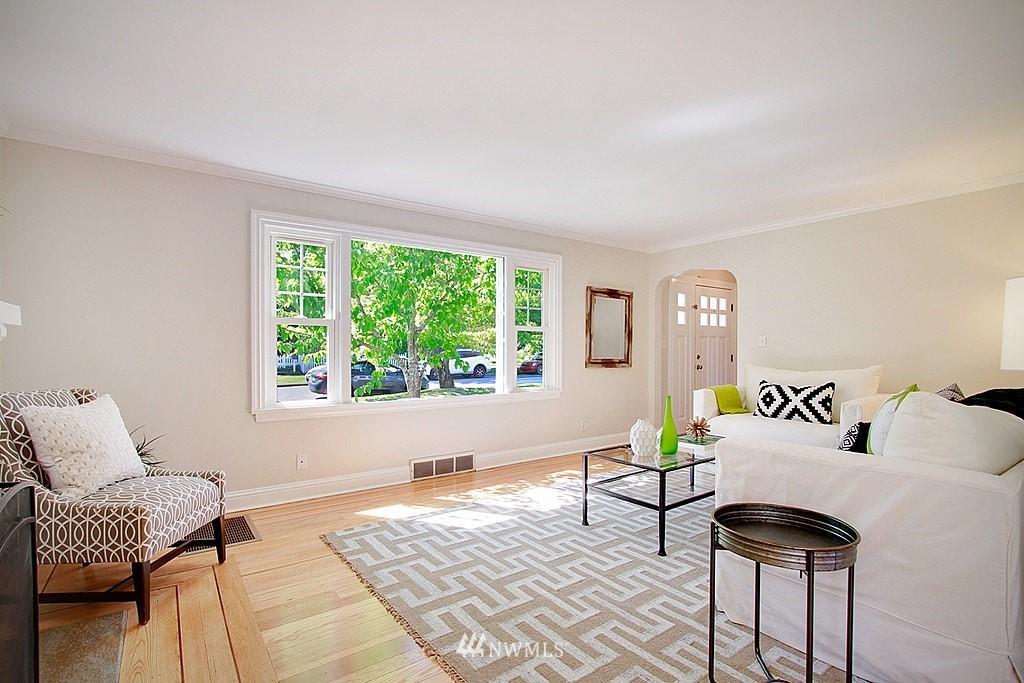 Sold Property   7002 34th Avenue NE Seattle, WA 98115 3