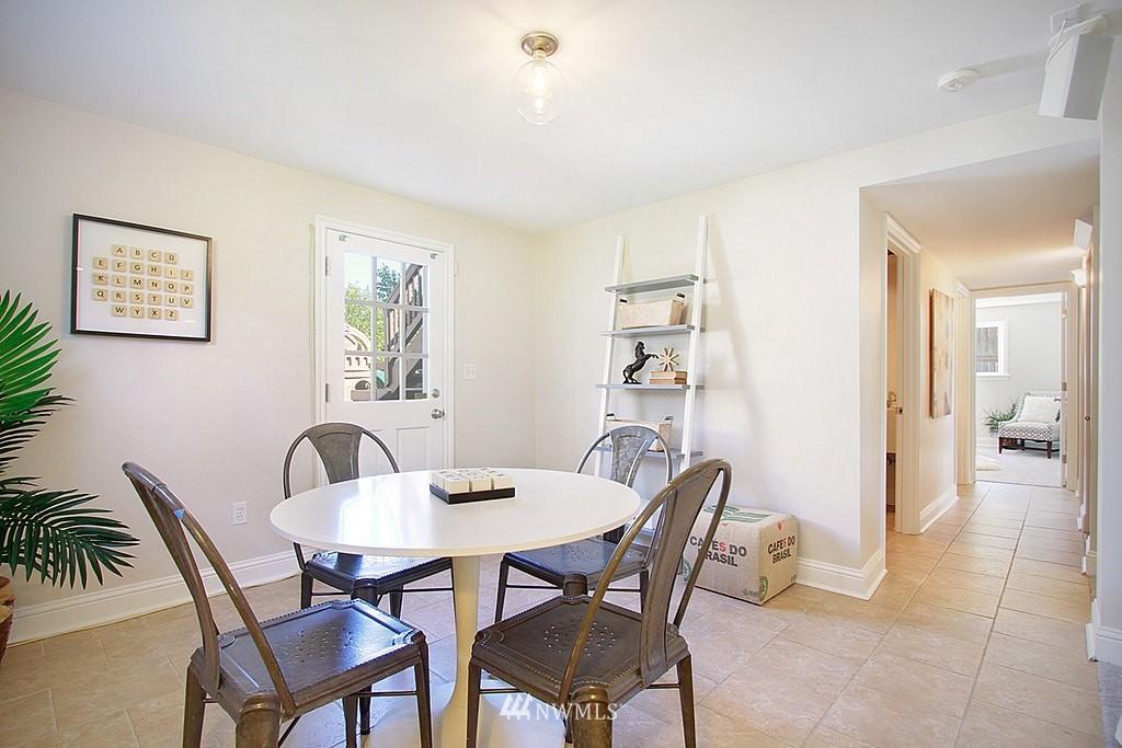 Sold Property   7002 34th Avenue NE Seattle, WA 98115 10