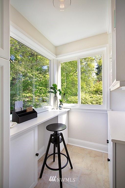 Sold Property   7002 34th Avenue NE Seattle, WA 98115 11