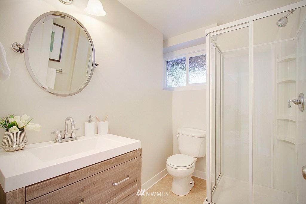 Sold Property   7002 34th Avenue NE Seattle, WA 98115 18