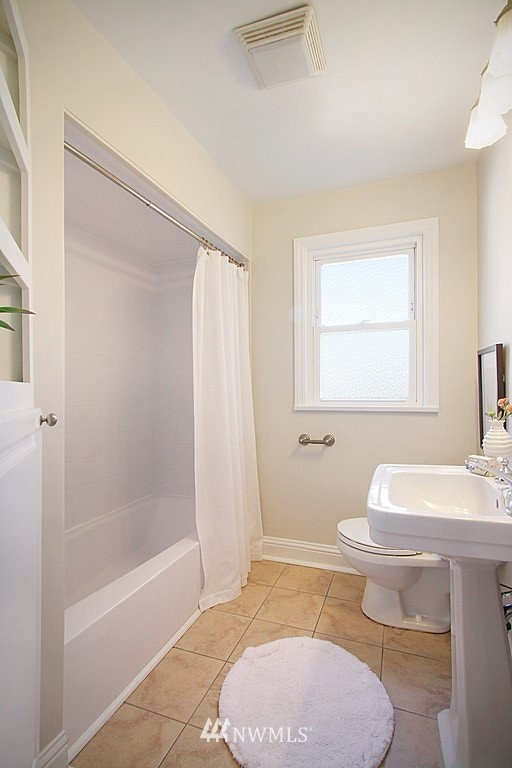 Sold Property   7002 34th Avenue NE Seattle, WA 98115 20